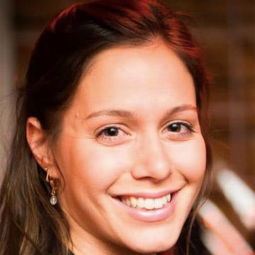 מאיה רבינוביץ - פיזיותרפיסטית - סטודיו פילאטיס